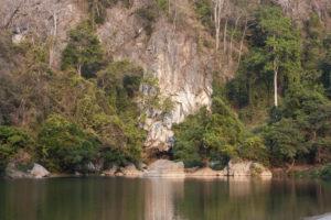 Пещера Kong Lor Cave